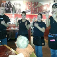 Photo taken at Red Robin Gourmet Burgers by Maureen K. on 1/4/2014