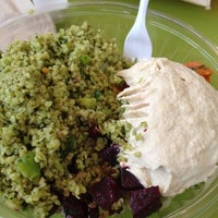 Photo taken at Maoz Vegetarian by Lucia D. on 11/1/2012