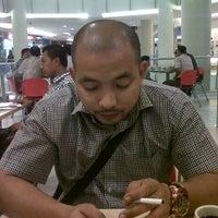 Photo taken at Kimteng Coffee by Rionaldo R. on 10/2/2012