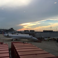 Photo taken at Gate G4 by Aaron H. on 8/28/2016