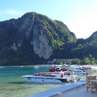 Photo taken at Phi Phi Island Cabana Hotel by im_masaru on 5/4/2015