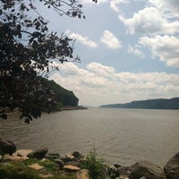 Photo taken at Dobbs Ferry Waterfront Park by Craig A. on 7/6/2013
