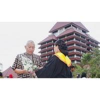 Photo taken at Universitas Indonesia by Sari R. on 7/13/2013