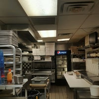 Photo taken at Sam's Pizza And Pasta by Randy C. on 9/13/2016