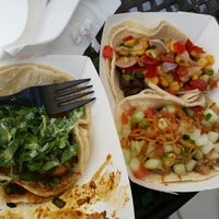 Photo taken at Komodo Food Truck by Martine B. on 8/24/2014