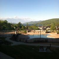 Photo taken at Holiday Inn Resort Lake George-Turf by Yvonne C. on 5/16/2013