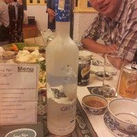 Photo taken at Song Ngu Seafood Restaurant by Lê Quân on 3/28/2013