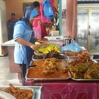 Photo taken at Nasi Kandar Simpang Ampat by Muhammad A. on 5/20/2013