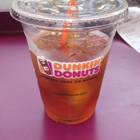 Photo taken at Dunkin' Donuts by Nelson Leandro S. on 10/27/2012