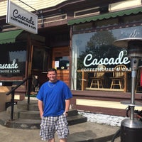 Photo taken at Cascade Coffee House by Kevin V. on 5/30/2015