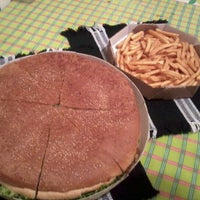 Photo taken at Di Pizza by Lúcio F. on 1/25/2013