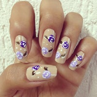 Photo taken at Luciana Manicure - Unhas Decoradas by Belle S. on 10/30/2014