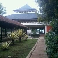 Photo taken at Masjid Raya Ibnu Sina by Goro W. on 3/24/2013