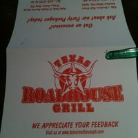 Photo taken at Texas Roadhouse Grill by Leslie F. on 12/19/2012