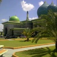 Photo taken at Masjid Agung An-Nur by iwanoski on 6/7/2013