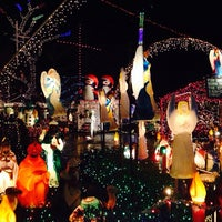 Photo taken at Christmas Light Display (christmasdisplay.org) by Lizz H. on 12/27/2013