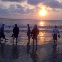 Photo taken at Jimbaran Bay Seafood by Emil A. on 9/19/2012