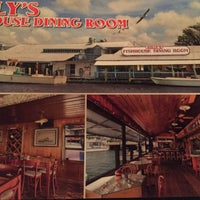 Kelly 39 s fish house seafood restaurant in old naples for Fish restaurant naples