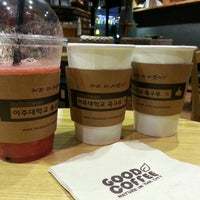 Photo taken at GOOD COFFEE by Younghye J. on 3/28/2015