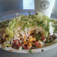 Photo taken at Chipotle Mexican Grill by Vania Q. on 1/15/2012