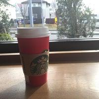 Photo taken at Starbucks Coffee 木更津店 by Masahiro T. on 12/22/2015
