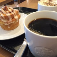 Photo taken at Starbucks Coffee 木更津店 by Masahiro T. on 9/8/2015