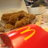 Photo taken at McDonald's by Rob W. on 12/26/2012