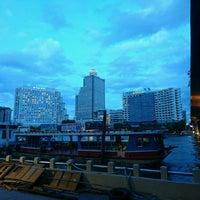 Photo taken at Tak Sin Pier by Zephzephh on 7/31/2016