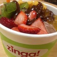 Photo taken at Zinga! Frozen Yogurt by Arron B. on 10/8/2012
