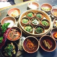 Photo taken at 산촌 (山村, Sanchon Temple Cooking) by Yoojin K. on 11/30/2015