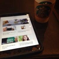 Photo taken at Starbucks by Kenichi W. on 10/22/2016