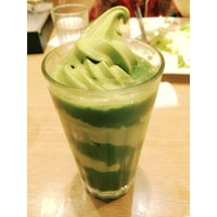 Photo taken at 七叶和茶 Nana's Green Tea by Angeline C. on 7/3/2014