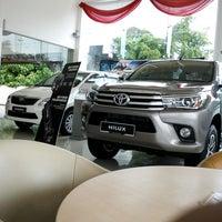 Photo taken at UMW Toyota Motor Sdn. Bhd. by Zaim F. on 8/8/2016