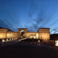 Photo taken at Legion of Honor by Johanna N. on 3/7/2013