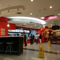 Photo taken at KFC by fxtin07 on 4/26/2016