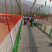 Photo taken at Lakshman Jhula   लक्ष्मण झूला by Swarup S. on 5/16/2016