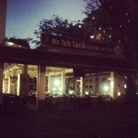 Photo taken at Mr Teh Tarik Eating House by Yusri A. on 3/18/2013
