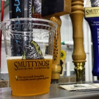 Photo taken at Smuttynose Brewing Company by Dre on 9/12/2015