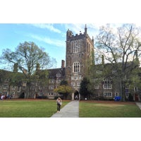 Photo taken at Tasti D-Lite Duke University by Sean M. on 11/17/2015