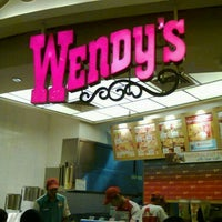 Photo taken at Wendy's by Ghani M H. on 2/11/2016