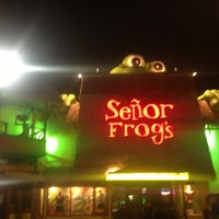 Photo taken at Señor Frog's by Gellie C. on 4/26/2013