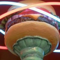 Photo taken at Red Robin Gourmet Burgers by Dan R. on 10/27/2012