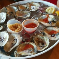 Photo taken at Norman's Raw Bar & Grill by Leslie S. on 11/25/2015