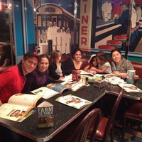 Photo taken at Silver Diner by Edgar C. on 10/8/2013