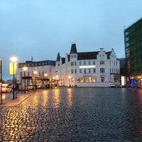 Photo taken at Hotel Bielefelder Hof by Rogelio V. on 11/18/2012