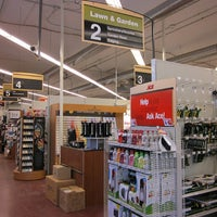 Photo taken at ACE Hardware by Irvan e. on 10/28/2014
