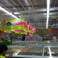 Photo taken at Carrefour by Wahyu W. on 5/24/2013