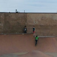 Photo taken at Seattle Center Skatepark by Tela A. on 8/12/2013