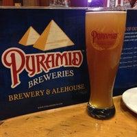 Photo taken at Pyramid Brewery & Alehouse by Deyanara L. on 12/15/2012