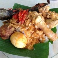 Photo taken at Nasi Padang Kampung Baru by Azfarr B. on 12/17/2012